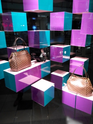 Vuiton, Chanel, D&G, Versace, Prade, Gucci???